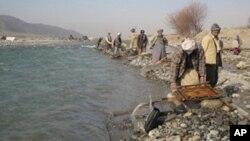 ولسوالی درقد در امتداد دریایی آمو هم مرز با تاجکستان است