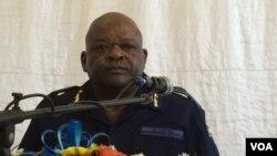 Uskomitshi wamapholisa, uMnu. Gideon Matanga