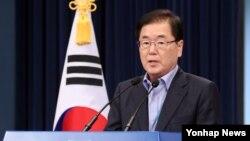 정의용 청와대 국가안보실장이 3일 청와대 춘추관에서 국가안전보장회의(NSC) 전체회의 결과를 설명하고 있다.