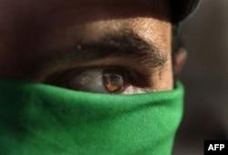 Qaddafiy kuchlari muxolifatni siquvga olgan