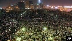 巴林經過一星期的反政府抗議活動後,親政府的支持者舉行集會