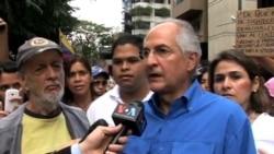 Oposición venezolana protesta contra la violencia