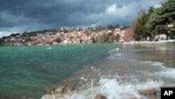 Нарушен е балансот на полнење и празнење на Охридското Езеро