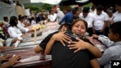زمین لرزه اکوادور به شدت ۷.۸ ریشتر خسارات بسیاری به جای گذاشت.