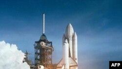 Старт американського космічного корабля багаторазового використання