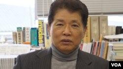 早稻田大学教授、现代中国研究所所长天儿慧是在日中两国著名的中国问题专家(美国之音歌篮拍摄)