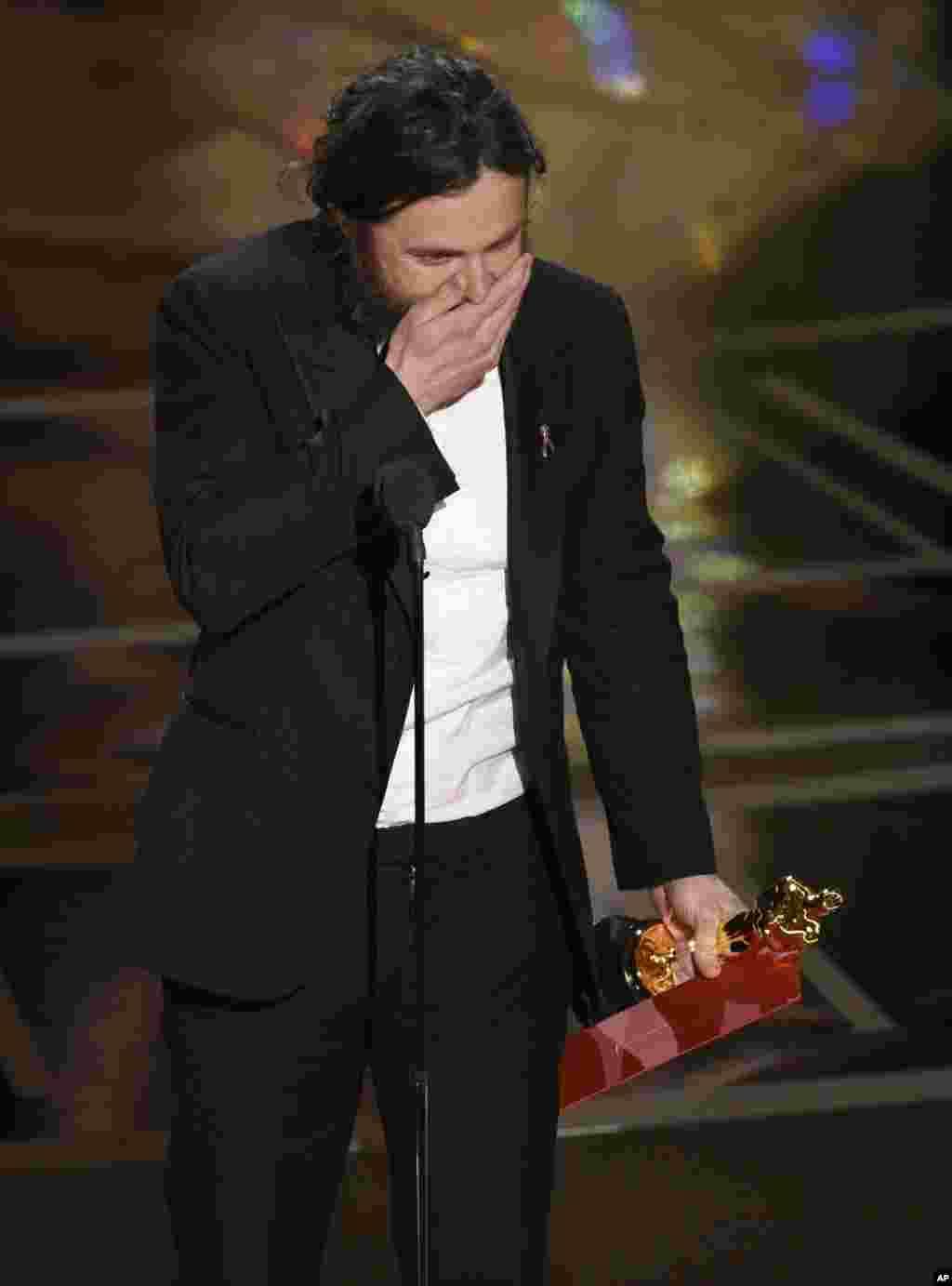 کیسی افلک با فیلم منچستر ساحلی اسکار بهترین بازیگر نقش اول مرد را گرفت.