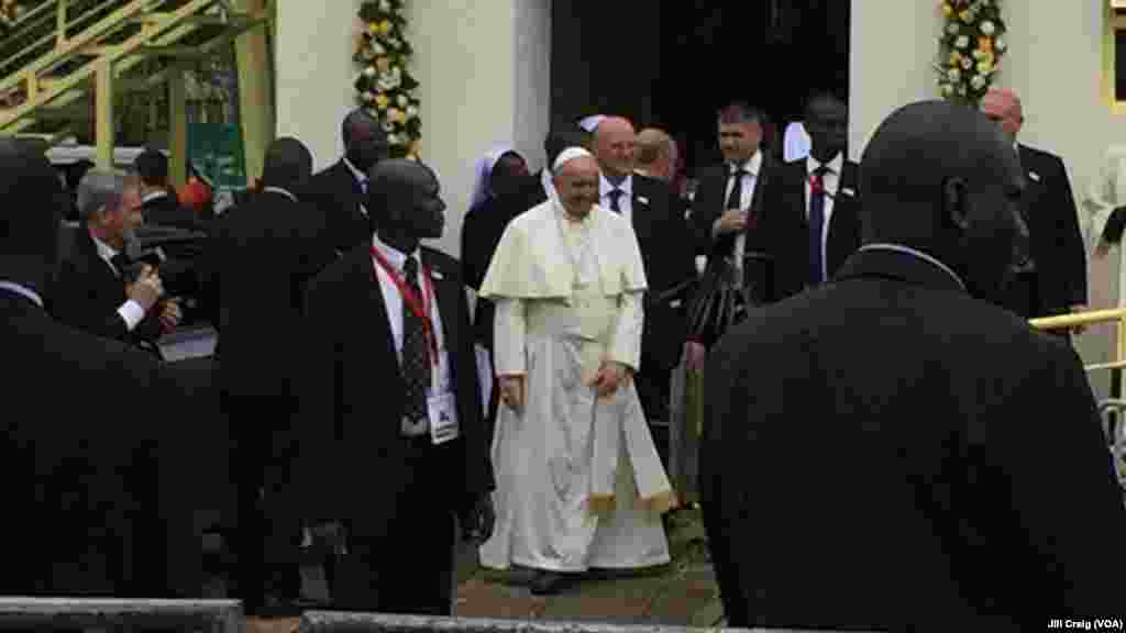 "Pope Francis leaves after celebrating Mass at the campus of the University of Nairobi, Kenya, Nov. 26, 2015, having told religious leaders they need to engage in dialogue to guard against the ""barbarous"" Islamic extremist attacks that have struck Kenya."