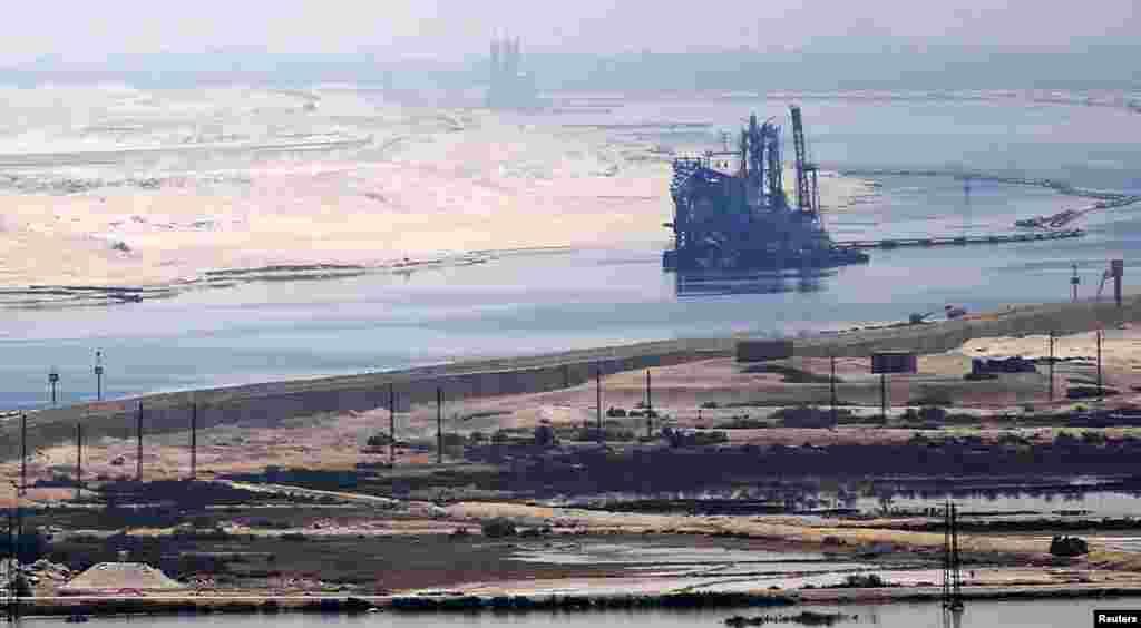 Une belle vue du Canal de Suez,en Egypte 6 août 2015