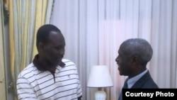 Le Premier ministre de la transition, Isaac Zida, en compagnie de l'ambassadeur des Etats-Unis, Tulinabo Mushingi.