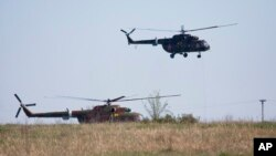 Helikopter jatuh di Rusia
