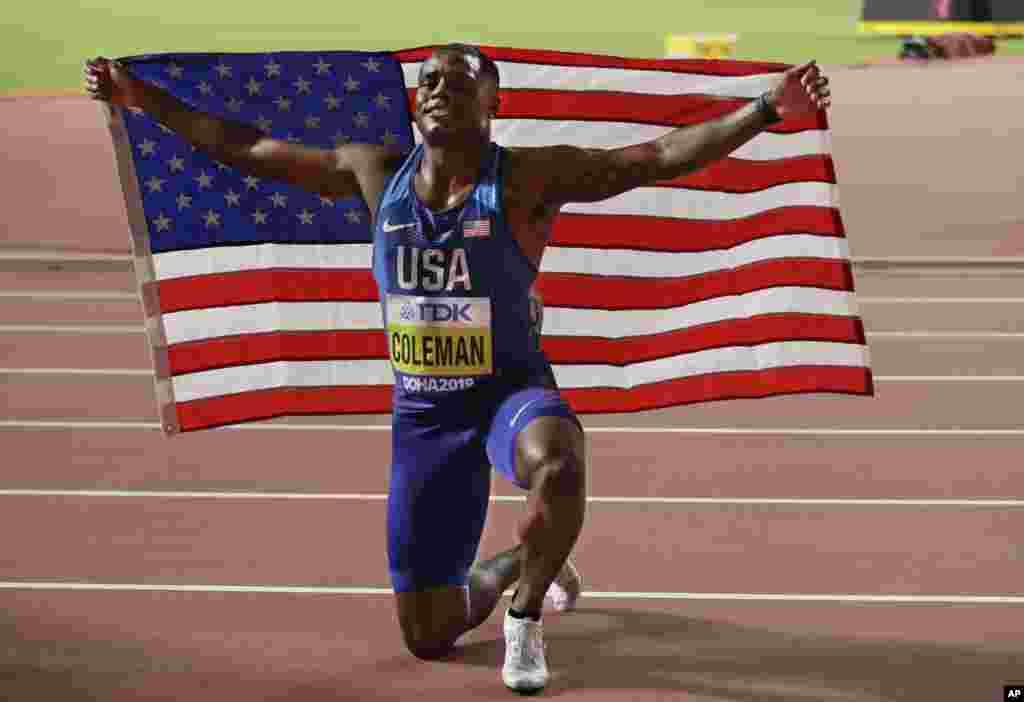 در ادامه مسابقات دو میدانیقهرمانی جهان در دوحه قطر، کریستین کولمن دونده آمریکایی قهرمانی در رشته صد متر را جشن گرفته است.