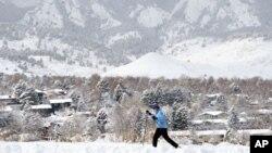 Varias nevadas ocurridas desde finales de noviembre mejoraron considerablemente las condiciones de nieve en el occidente del país.