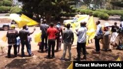 Le sit-in contre le gouverneur au Sud-Kivu, Bukavu, RDC, le 11 octobre 2016. (VOA/Ernest Muhero)