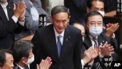 菅义伟星期三在国会众议院当选日本新首相。(2020年9月16日)