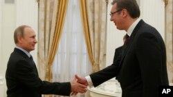 Ruski predsednik Vladimir Putin i mandatar za sastav nove vlade Aleksandar Vučić tokom susreta u Moskvi