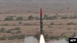 Pakistan đã thử nghiệm thành công 2 phi đạn có khả năng mang đầu đạn hạt nhân ngày 08/5/2010