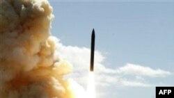 Dmitri Medvedev ABŞ-ın raketlərdən müdafiə sistemi ilə bağlı xəbərdarlıq edib (YENİLƏNİB)