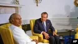 ذوالفقار علی بھٹو اوول آفس میں صدر رچرڈ نکسن کے ساتھ