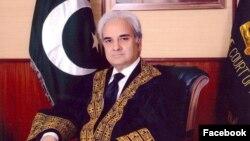 ناصر الملک در سالهای ۲۰۱۴ و ۲۰۱۵ قاضی القضات پاکستان بود