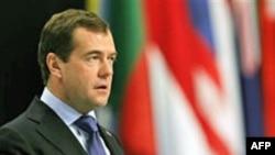 Rusiya prezidentinin İsrailə səfərinin təxirə salınmasına baxmayaraq, onun Yaxın Şərq turu baş tutacaq