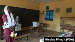 Niger Voters Begin Casting Ballots