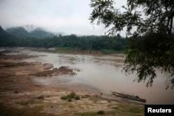 从泰国的一座克伦族小村看萨尔温江。(资料照)