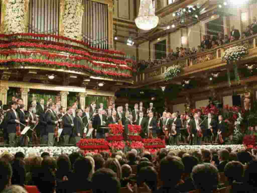 Concierto tradicional de año nuevo de la Orquesta Filarmónica de Viena, dirigida por el director de la Filarmónica de Nueva York, Lorin Maazel.