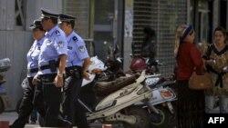 Sincan vilayətində baş verən qarşıdurma zamanı 14 nəfərin öldürüldüyü bildirilir