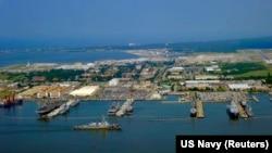 Norfolk'taki Deniz Kuvvetleri Üssü, aynı zamanda NATO'nun ABD'deki tek üssünü barındırıyor