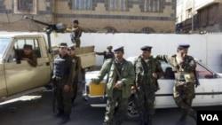 Pasukan keamanan Yaman melakukan penjagaan di ibukota Sanaa.