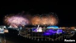 索契冬奥运闭幕式烟花盛况。