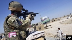 Binh sĩ Anh tại Afghanistan.