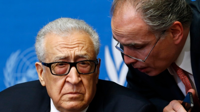 Brahimi to Consult US, Russia as Syria Talks Continue