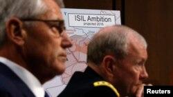美國國防部長哈格爾與參謀長聯席會議主席鄧普西星期二在參議院軍事委員會作證。