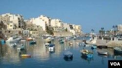 Malta, negara kepulauan di Laut Tengah yang berpenduduk sekitar 412 ribu orang.