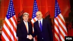 ABŞ Dövlət katibi Con Kerri və Albaniyanın Baş naziri Edi Rama