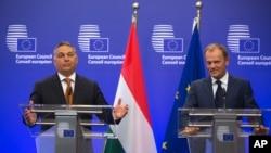 Mültecilere yönelik politikaları nedeniyle eleştirilen Macaristan Başbakanı Orban, Brüksel'de Avrupa Birliği Konseyi Başkanı Tusk'la görüştü.