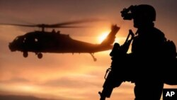 """Afeganistão: 31 """"Seals"""" morrem em queda de helicóptero"""