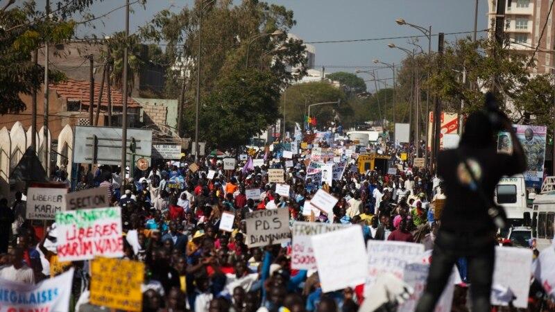 Manifestation à Dakar pour la libération du maire