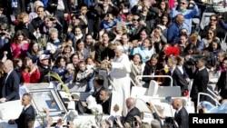 Le Pape François peu après la messe des Rameaux à Rome (Reuters)