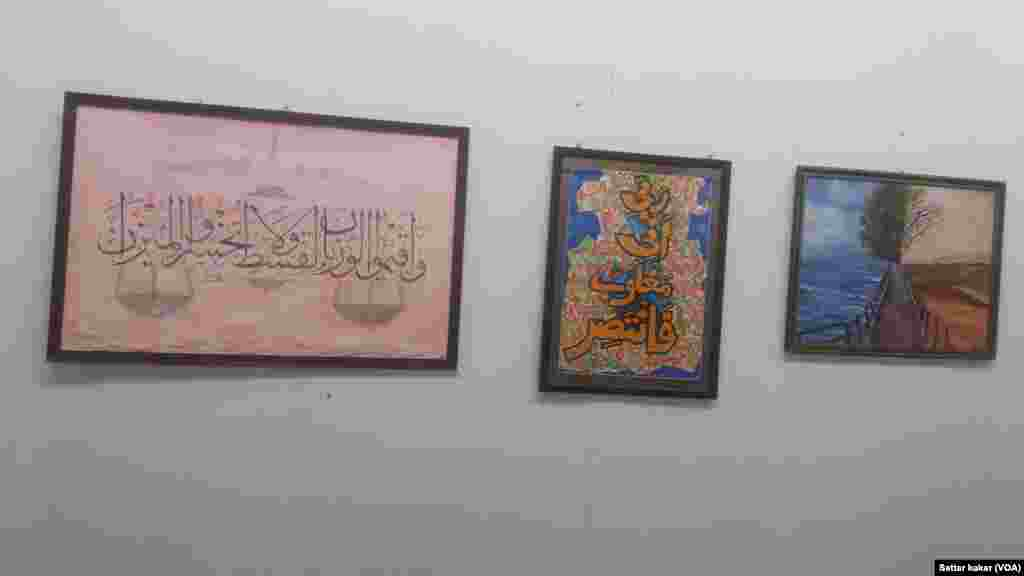 بلوچستان کی تاریخ میں پہلی بار صوبے کی خواتین مصوروں کے فن پاروں کی نمائش کا اہتمام کیا گیا۔