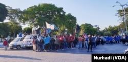 Aksi mahasiswa yang tergabung dalam Gerakan Anti Korupsi Yogyakarta, Kamis, 12 September 2019, menolak revisi UU KPK. (Foto:VOA/Nurhadi)