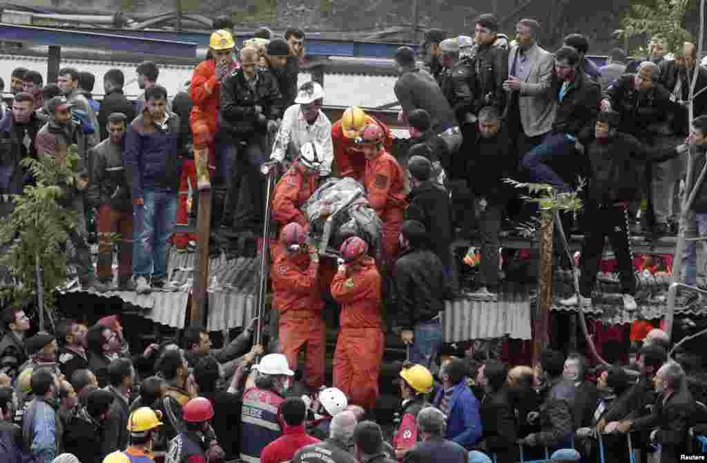 ترکی میں کوئلے کی کان میں دھماکے سے ہلاکتوں کی تعداد 200 سے تجاوز کر گئی۔