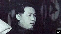 조선민주주의 인민공화국 내각 수상때의 김일성 모습.