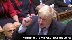 Brexit သေဘာတူညီခ်က္ ေဆြးေႏြးသည့္ ၿဗိတိန္ေအာက္ လႊတ္ေတာ္တြင္ စကားေျပာေနသည့္ ဝန္ႀကီးခ်ဳပ္ Boris Johnson ။ ေအာက္တိုဘာ ၁၉၊ ၂၀၁၉။