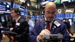 纽约证券交易所的交易大厅。(照片来源:美联社)
