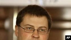 拉脱维总理瓦尔季斯·东布罗夫斯基斯 (资料照片)