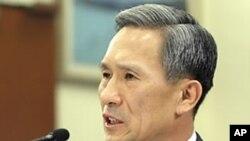 한국의 김관진 국방장관