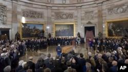 Церемонія прощання з Біллі Ґремом на Капітолійському пагорбі